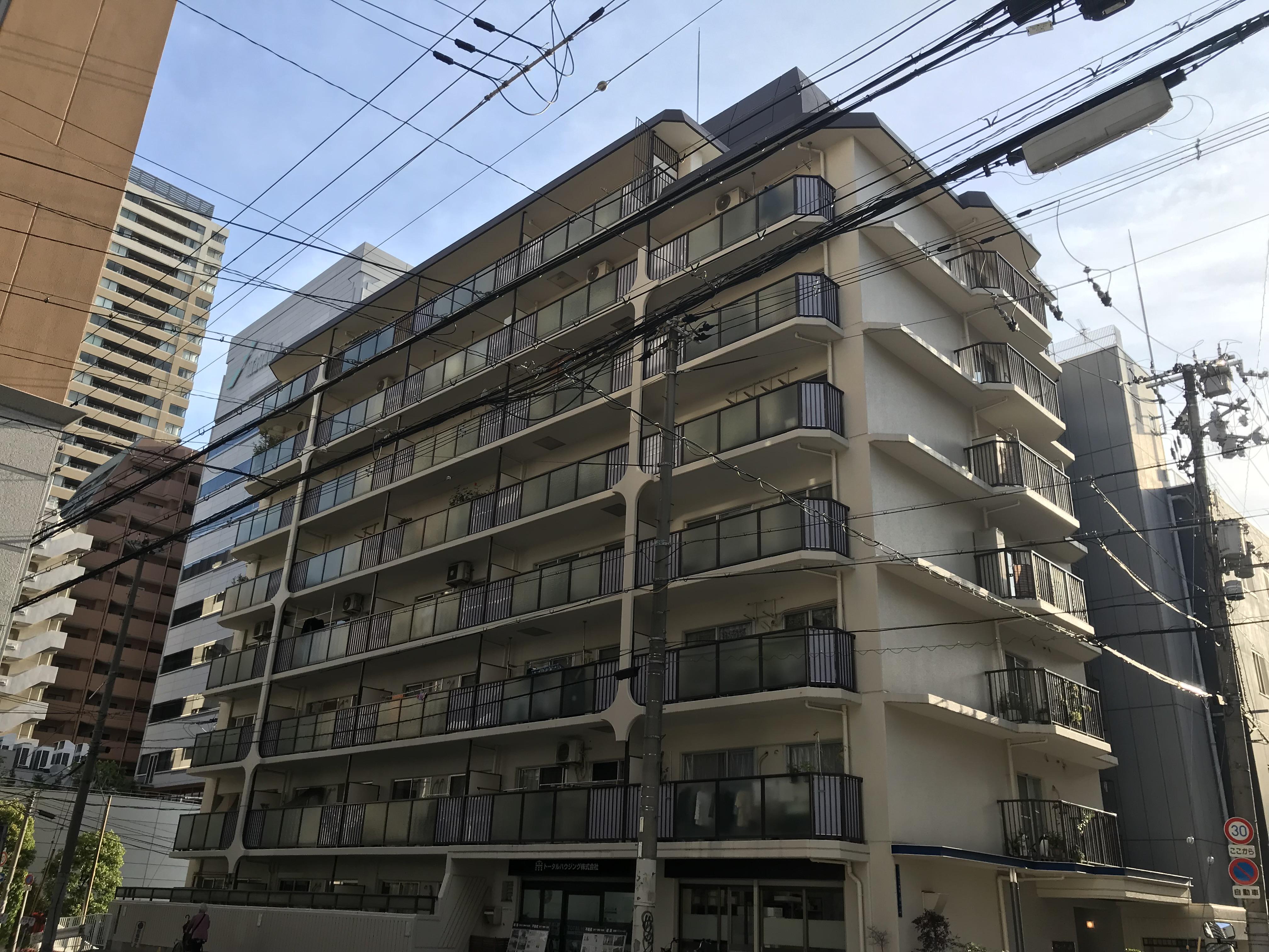 大阪市中央区十二軒町の物件外観写真