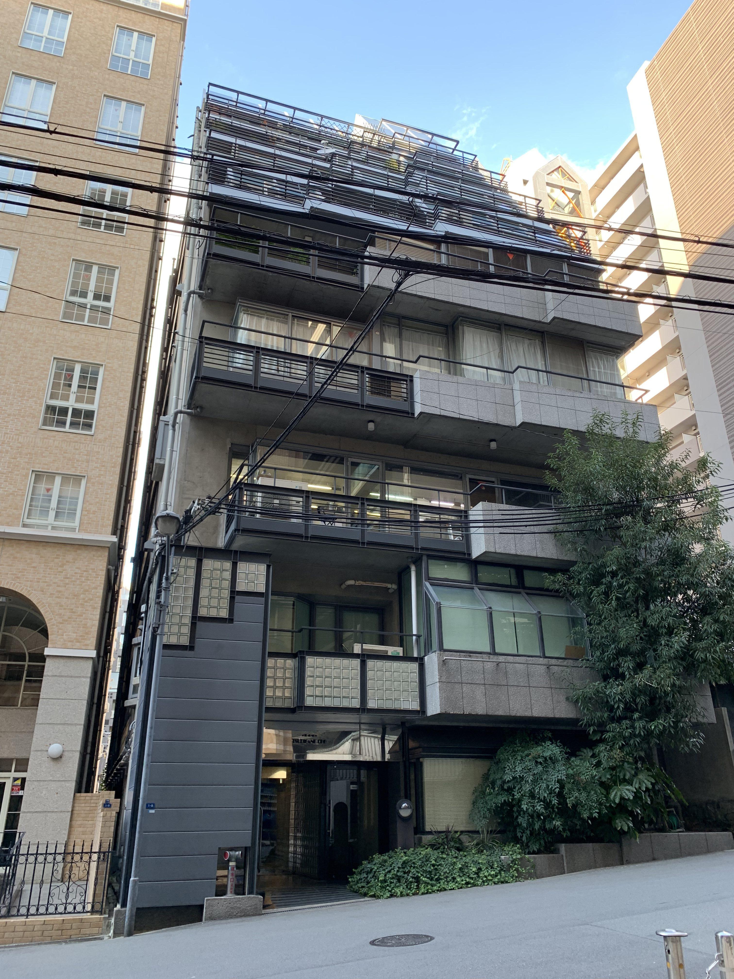 大阪市中央区釣鐘町の物件外観写真