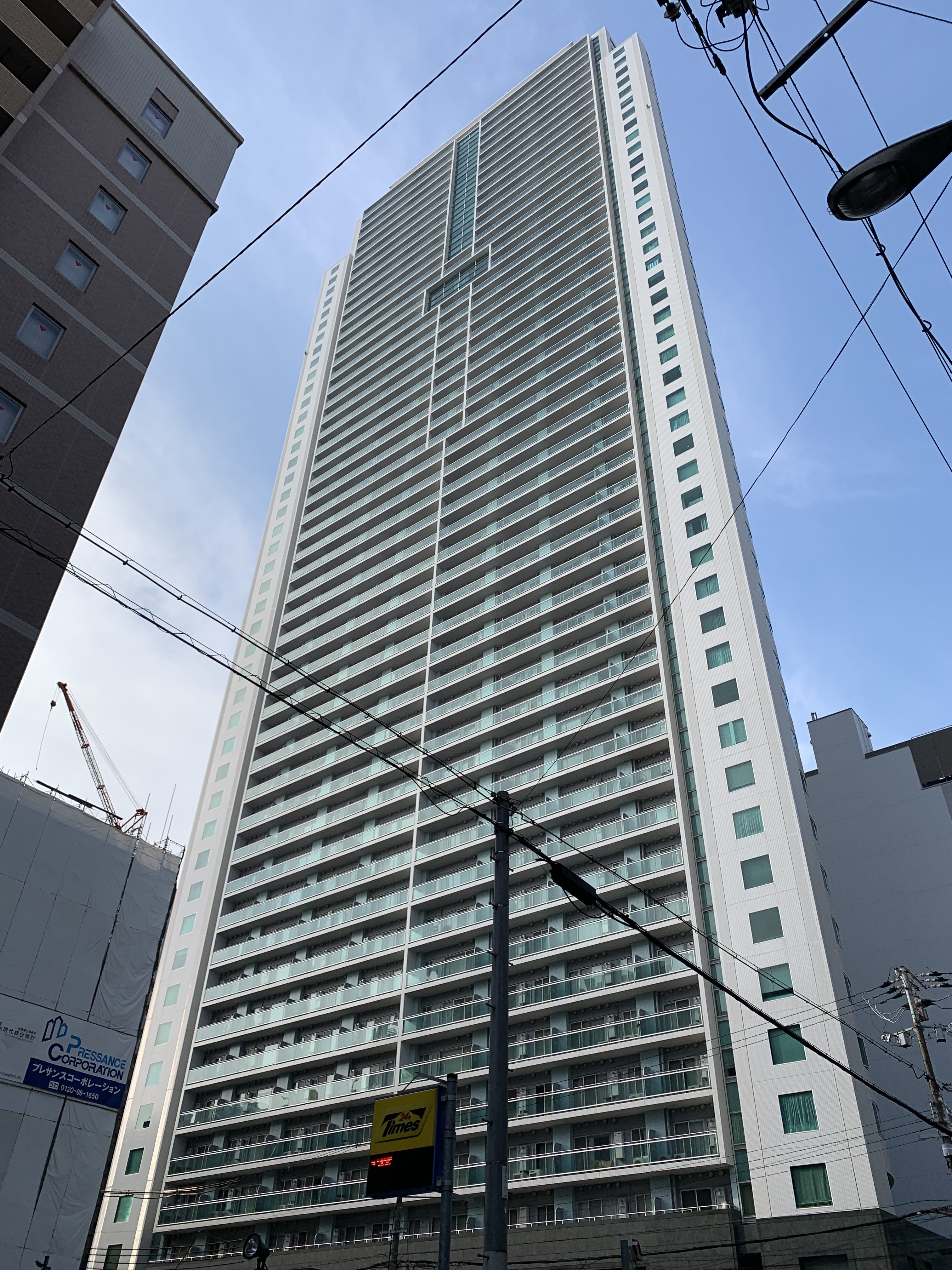 大阪市中央区瓦町の物件外観写真